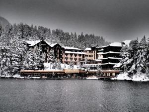 Das Hotel Hochschober ist in die Landschaft der Turracher Höhe eingebettet
